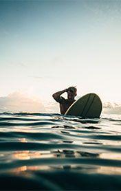 Surfschule, Surfcamp, Surf-Unterkunft, Pauschalreise, Surfen lernen, Surfurlaub